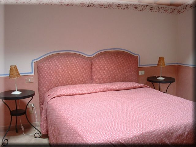Camere e suite in villa a firenze toscana for Suite di legge in affitto vicino a me